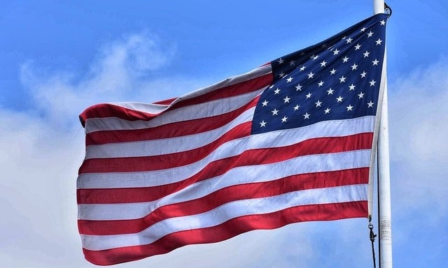 american flag waving for becoming CDL driver as a veteran